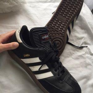 Adidas Samba shoes. Perfect condition. ❣️